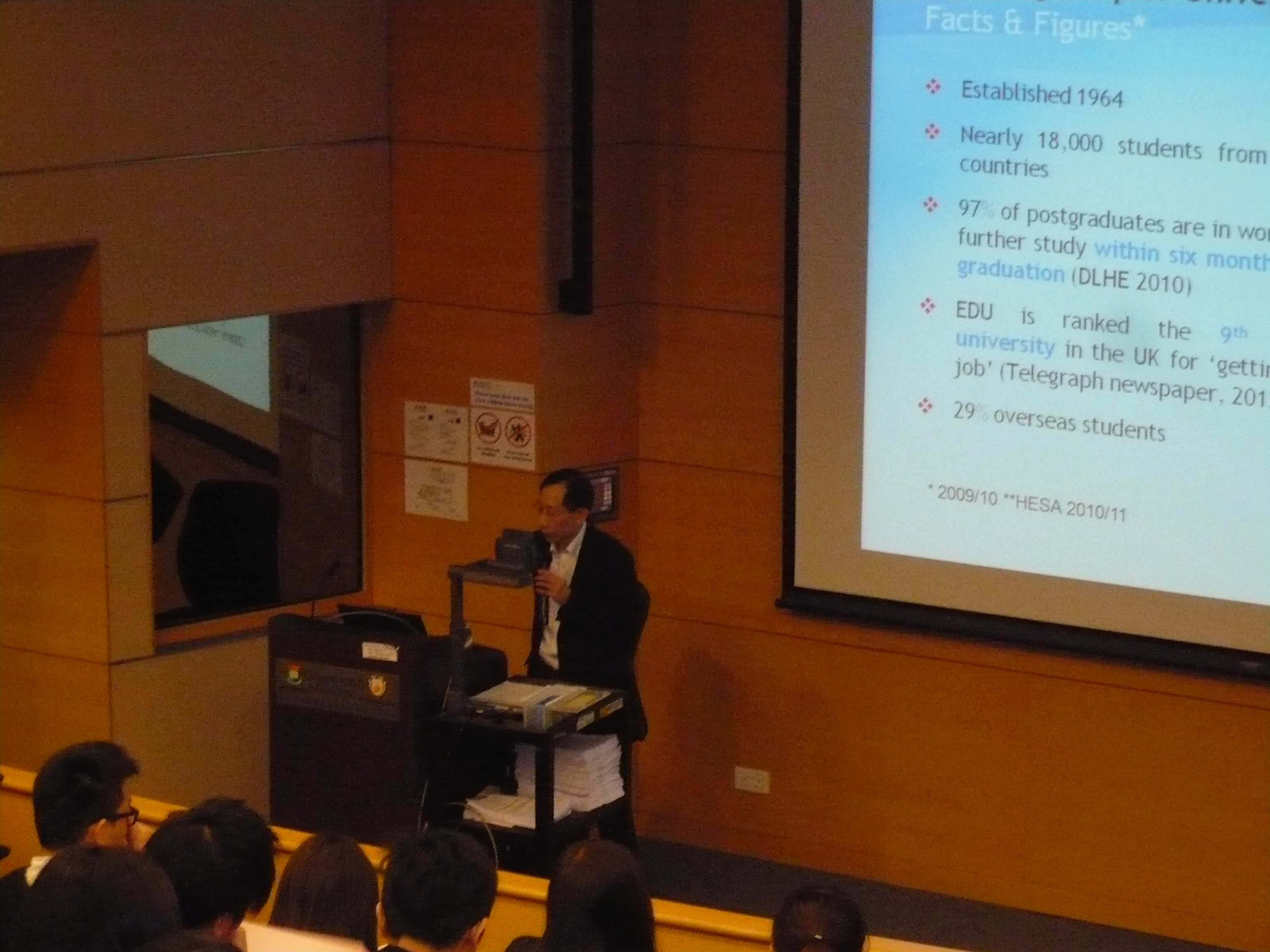 Programme Seminar:  BSc Biological Science, Edinburgh Napier University in collaboration with HKU SPACE - Photo - 5