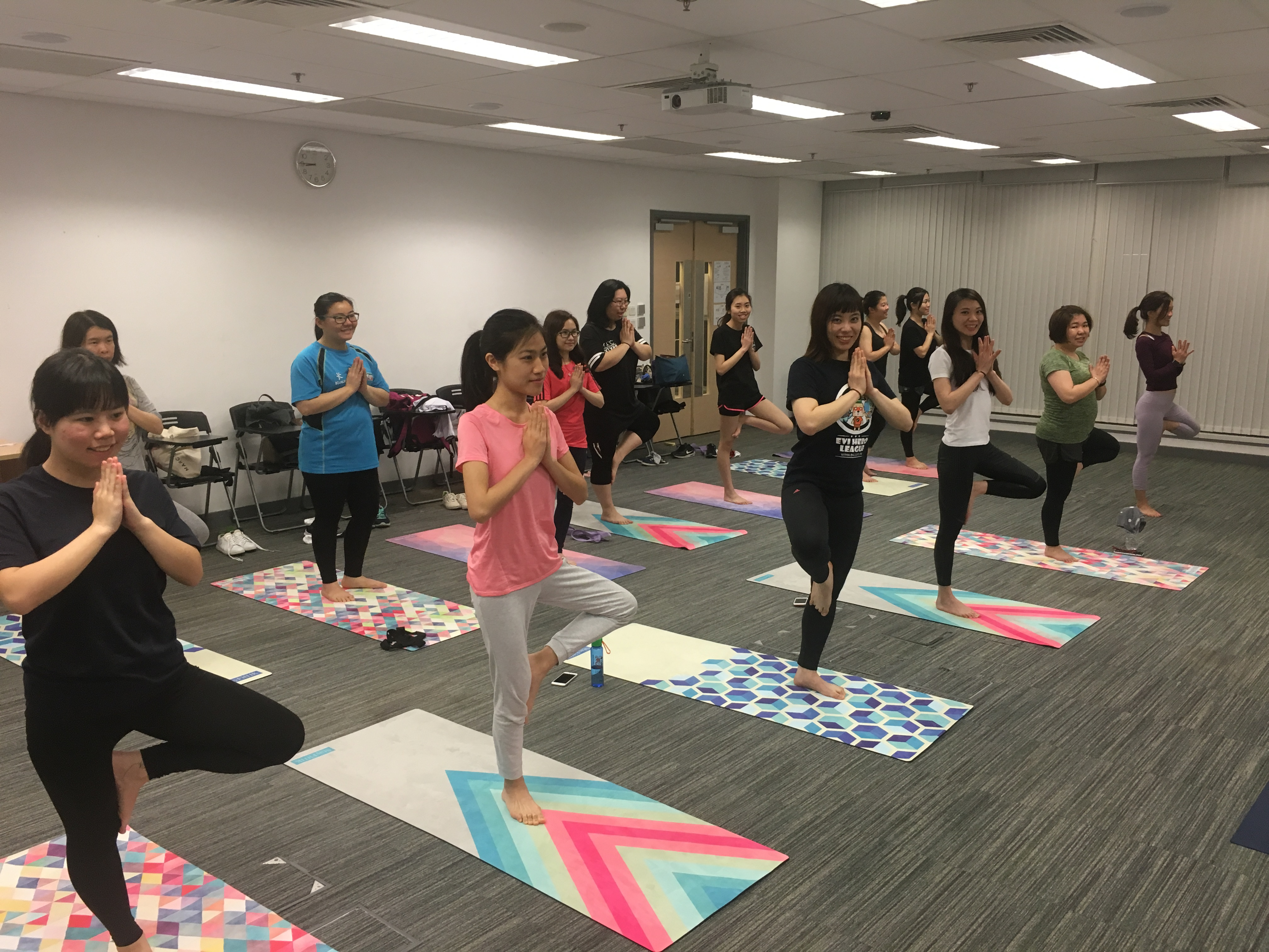 Alumni Yoga Class 2018 (4 Sessions) - Photo - 3
