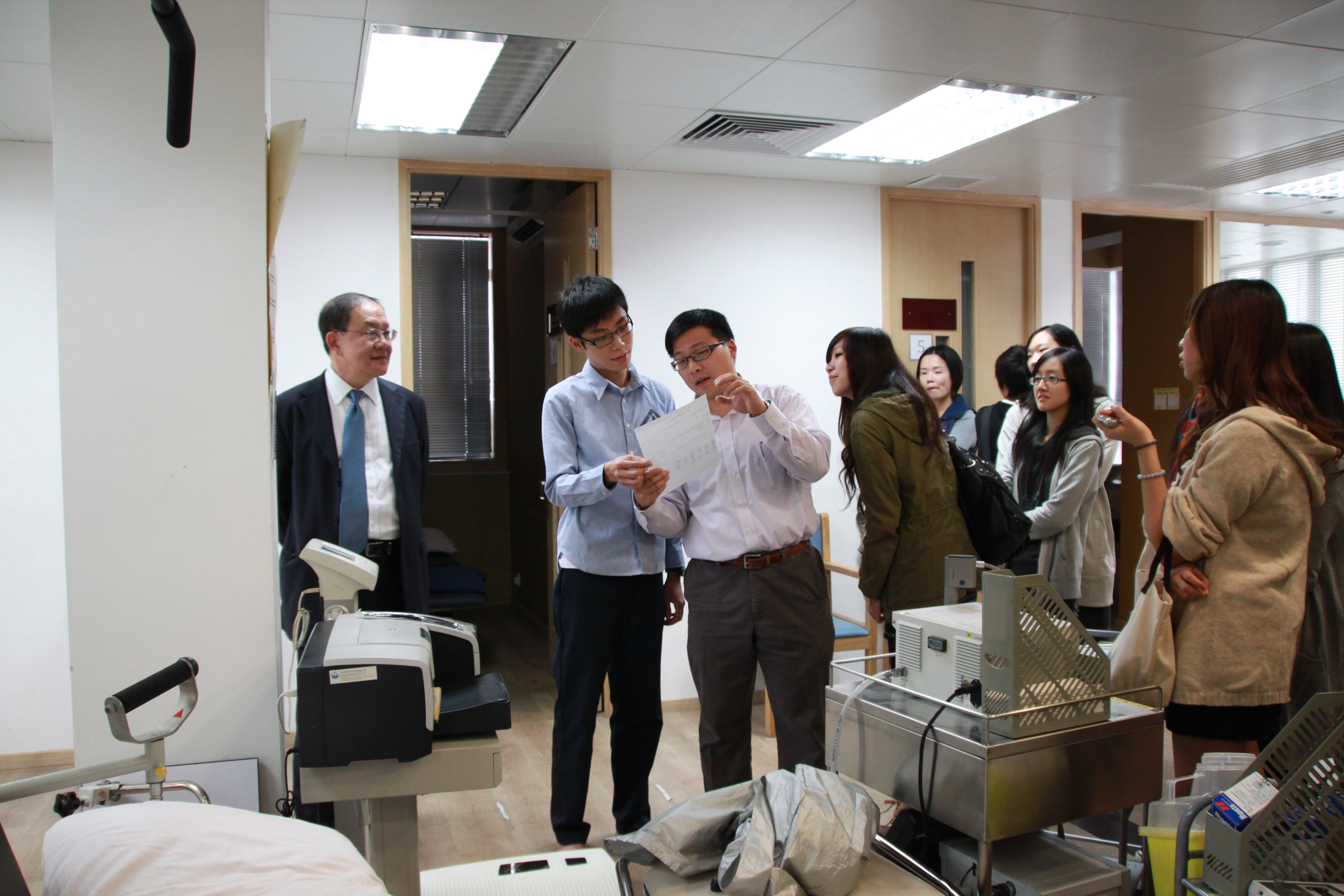 Visit to the Precious Blood Hospital (HD in Medical and Health Products Management programme) - Photo - 15