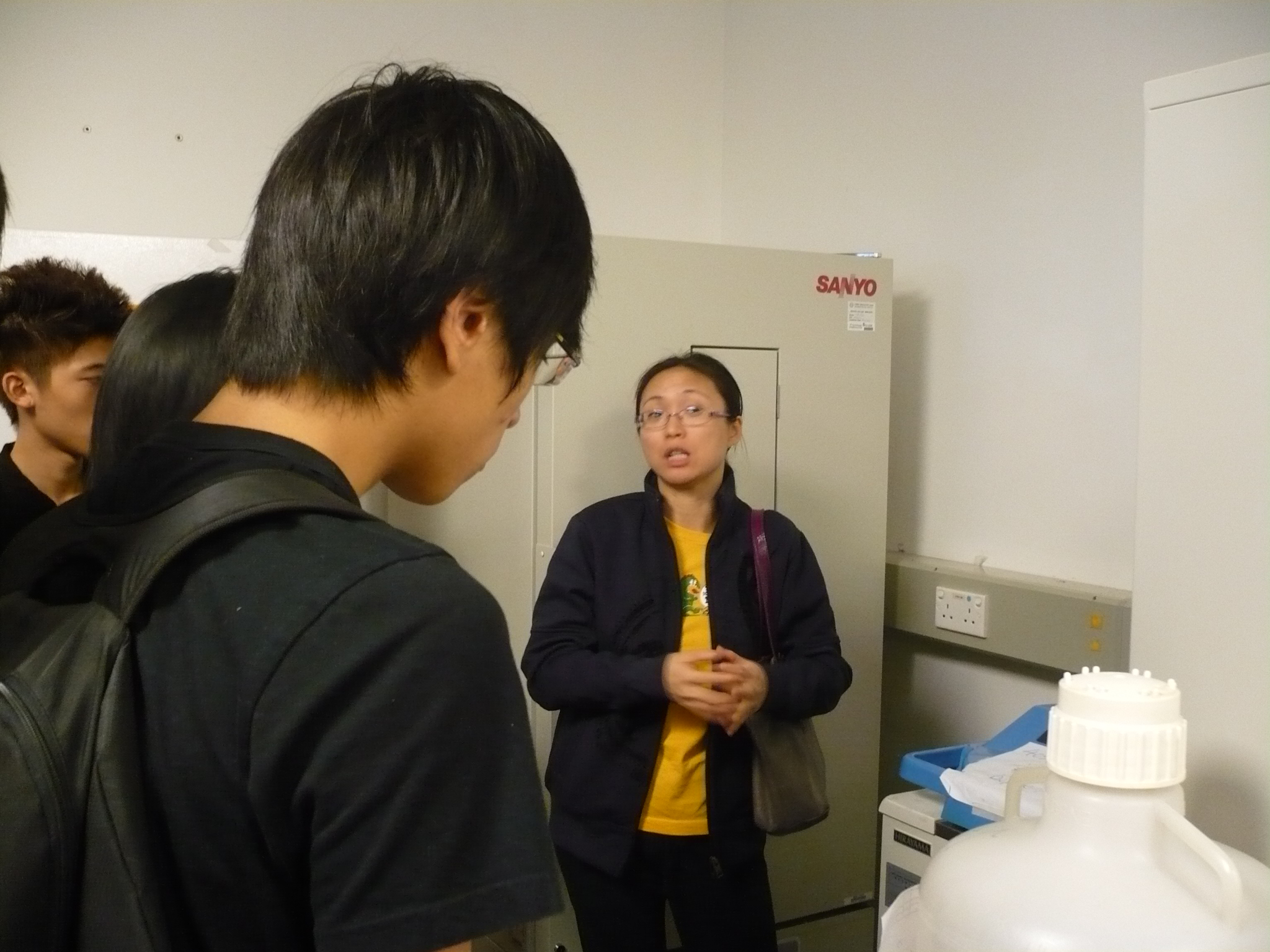 Visit to Laboratories of HKU  (for Year 1 Students of the Higher Diploma in Medical and Health Products Management Programme) - Photo - 23